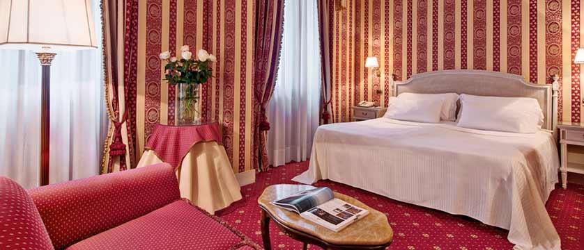 Hotel Palazzo Sant'Angelo, Venice, Italy - bedroom.jpg